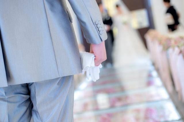 結婚式前に浮気が発覚したら、仕切りなおすのがベター